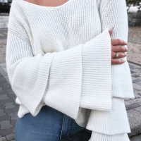 Trendy V Neck Long Sleeves Trumpet Type Design White Cotton Blends Sweater