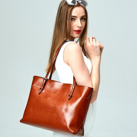 wonderful Leather handbag #95078
